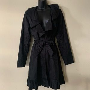 Willi Smith Black Ruffled Collar Belted Coat